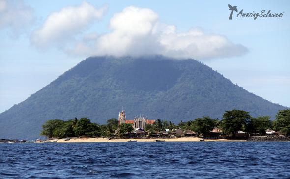 bunaken-marine-park-sulawesi-indonesia-13