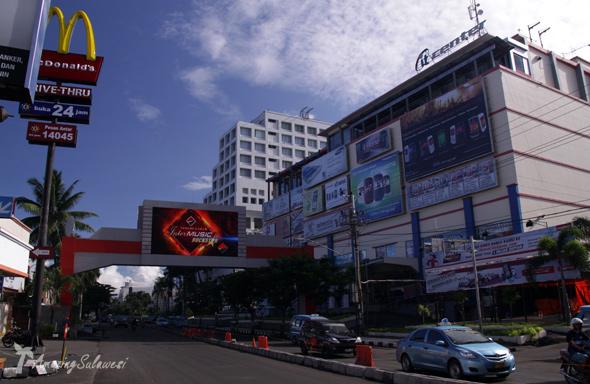 manado-sulawesi-indonesia-1